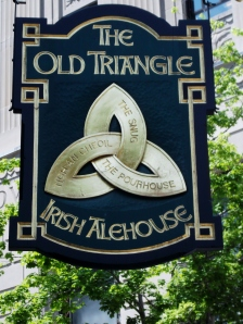 The Old Triangle offers delicious organic and homemade meals, along with entertainment most evenings.