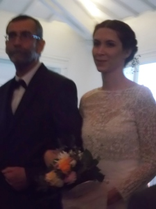 Carole was escorted down the aisle at the Salon de Montmartre at the beginning of the secular wedding ceremony.