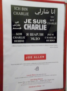 The American-owned Joe Allen Restaurant and Bar  publicly expressed support of Charlie, along with thousands of other establishments in Paris.
