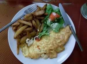 French omellettes suited me very well; with home fired potatoes and salad, I was satiaited for many hours!